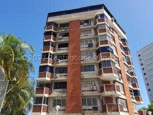 Apartamento En Ventaen Parroquia Caraballeda, Palmar Este, Venezuela, VE RAH: 21-19574