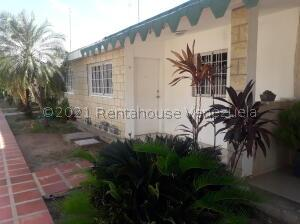 Casa En Ventaen Ciudad Ojeda, Campo Elias, Venezuela, VE RAH: 21-19798