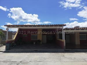 Casa En Ventaen Guatire, Canaima Dos, Venezuela, VE RAH: 21-20199