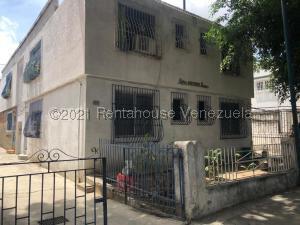 Apartamento En Ventaen Caracas, El Paraiso, Venezuela, VE RAH: 21-19915