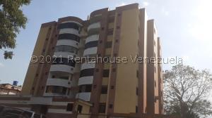 Apartamento En Ventaen San Juan De Los Morros, Villa Jardin, Venezuela, VE RAH: 21-19666