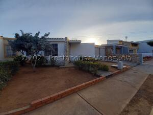 Casa En Ventaen Maracaibo, Santa Fe, Venezuela, VE RAH: 21-19675