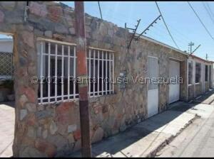 Casa En Ventaen Guacara, Ciudad Alianza, Venezuela, VE RAH: 21-19761
