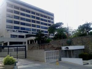 Apartamento En Alquileren Catia La Mar, Playa Grande, Venezuela, VE RAH: 21-19800