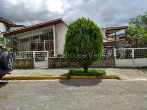Casa En Ventaen Caracas, Santa Cecilia, Venezuela, VE RAH: 21-19921