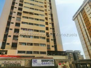 Apartamento En Ventaen Maracaibo, Cecilio Acosta, Venezuela, VE RAH: 21-20028