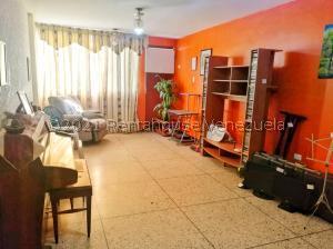 Apartamento En Ventaen Maracaibo, Cumbres De Maracaibo, Venezuela, VE RAH: 21-13459