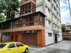 Apartamento En Ventaen Caracas, Los Palos Grandes, Venezuela, VE RAH: 21-19949