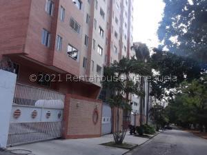 Apartamento En Ventaen Valencia, La Trigaleña, Venezuela, VE RAH: 21-20000