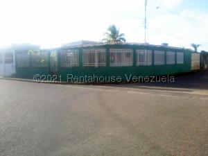 Casa En Ventaen Maturin, Altos De Los Gondos, Venezuela, VE RAH: 21-20170