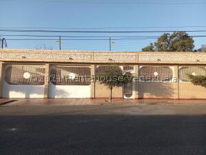 Casa En Ventaen Maracaibo, La Floresta, Venezuela, VE RAH: 21-19985