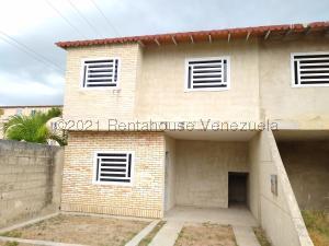 Casa En Ventaen Maracay, La Morita, Venezuela, VE RAH: 21-20078
