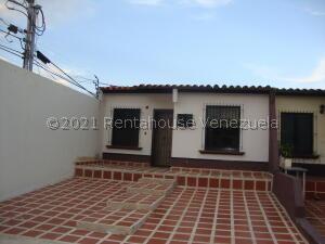 Casa En Alquileren Cabudare, Parroquia José Gregorio, Venezuela, VE RAH: 21-20121