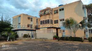 Apartamento En Ventaen Maracaibo, Las Lomas, Venezuela, VE RAH: 21-20124