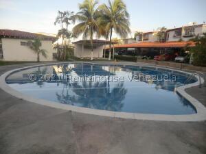 Casa En Ventaen Guatire, El Refugio, Venezuela, VE RAH: 21-20230