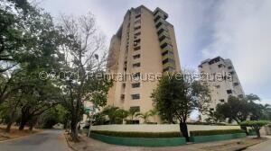 Apartamento En Ventaen Valencia, La Trigaleña, Venezuela, VE RAH: 21-20139