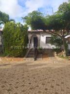 Casa En Ventaen Margarita, Guatamare, Venezuela, VE RAH: 21-20494