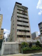 Apartamento En Ventaen Caracas, Las Delicias De Sabana Grande, Venezuela, VE RAH: 21-20175