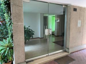 Apartamento En Ventaen Caracas, Chuao, Venezuela, VE RAH: 21-20192
