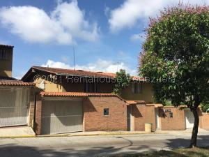 Casa En Ventaen Caracas, La Lagunita Country Club, Venezuela, VE RAH: 21-20212