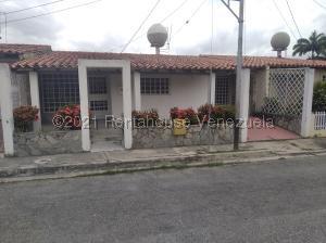 Casa En Ventaen Cabudare, Parroquia José Gregorio, Venezuela, VE RAH: 21-20242