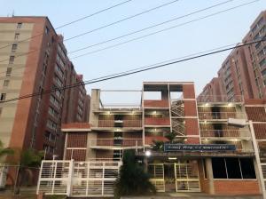 Apartamento En Ventaen Caracas, El Encantado, Venezuela, VE RAH: 21-20257