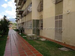 Apartamento En Ventaen Maracay, Base Aragua, Venezuela, VE RAH: 21-20297