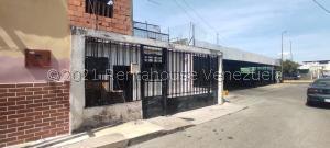 Terreno En Ventaen Barquisimeto, Centro, Venezuela, VE RAH: 21-20305