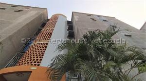 Apartamento En Ventaen Municipio San Diego, Terrazas De San Diego, Venezuela, VE RAH: 21-20351
