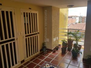 Apartamento En Alquileren Puerto Ordaz, Rio Negro, Venezuela, VE RAH: 21-20362
