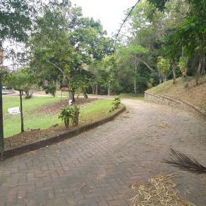 Terreno En Ventaen Caracas, Los Guayabitos, Venezuela, VE RAH: 21-20366