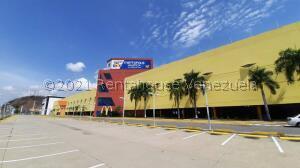Local Comercial En Ventaen Municipio San Diego, Castillito, Venezuela, VE RAH: 21-20466