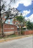 Apartamento En Alquileren Caracas, Villa Nueva Hatillo, Venezuela, VE RAH: 21-20462
