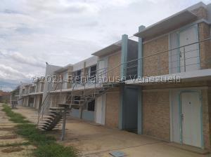 Apartamento En Ventaen Cabimas, Nueva Delicias, Venezuela, VE RAH: 21-20497