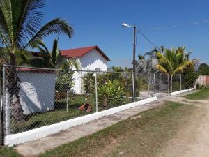 Terreno En Ventaen Municipio Libertador, El Encanto, Venezuela, VE RAH: 21-20502