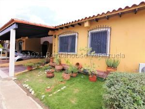 Casa En Ventaen Cabudare, Parroquia José Gregorio, Venezuela, VE RAH: 21-20504