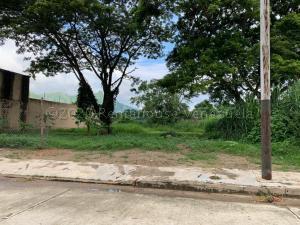 Terreno En Ventaen Municipio San Diego, Monte Carmelo, Venezuela, VE RAH: 21-20503