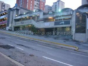 Edificio En Ventaen Caracas, Santa Paula, Venezuela, VE RAH: 21-20527