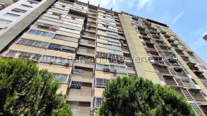 Apartamento En Ventaen Caracas, Los Ruices, Venezuela, VE RAH: 21-21680