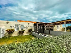 Casa En Ventaen Punto Fijo, Puerta Maraven, Venezuela, VE RAH: 21-20387