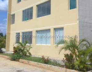 Apartamento En Ventaen Charallave, Mata Linda, Venezuela, VE RAH: 21-20829