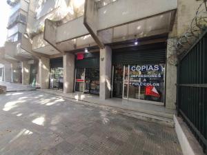 Local Comercial En Ventaen Caracas, Parroquia Santa Rosalia, Venezuela, VE RAH: 21-20547