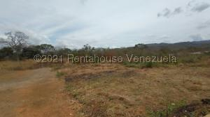 Terreno En Ventaen Cabudare, Parroquia José Gregorio, Venezuela, VE RAH: 21-20596