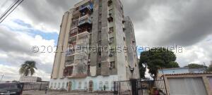 Apartamento En Ventaen Acarigua, Centro, Venezuela, VE RAH: 21-20605