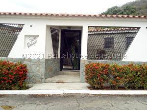 Casa En Ventaen Guatire, Valle Arriba, Venezuela, VE RAH: 21-20659