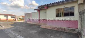 Casa En Ventaen Acarigua, El Este, Venezuela, VE RAH: 21-20722