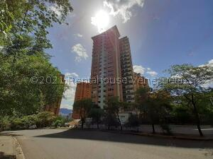 Apartamento En Ventaen Valencia, Las Chimeneas, Venezuela, VE RAH: 21-20633