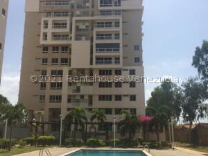 Apartamento En Alquileren Maracaibo, El Milagro, Venezuela, VE RAH: 21-20646