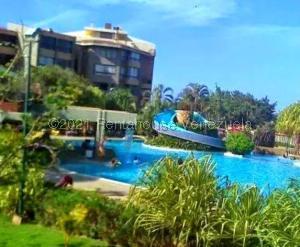 Apartamento En Ventaen Higuerote, Agua Sal, Venezuela, VE RAH: 21-20645