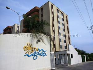 Apartamento En Ventaen Lecheria, Av Diego Bautista Urbaneja, Venezuela, VE RAH: 21-20652